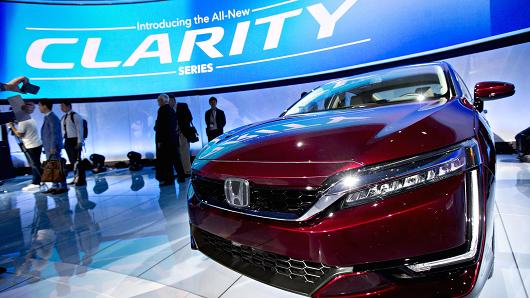 A Honda Motors' Clarity fuel cell vehicle sits on display after being unveiled during the 2017 New York International Auto Show (NYIAS) in New York, on Wednesday, April 12, 2017.